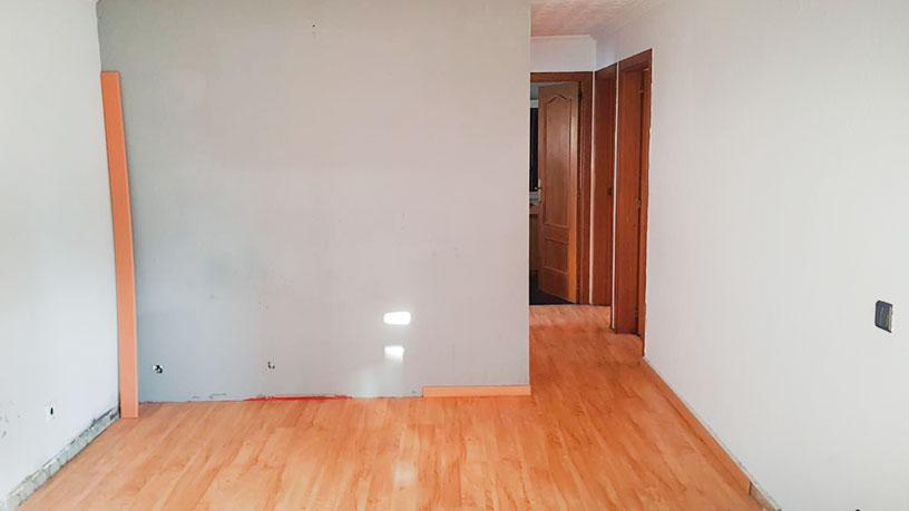 Casa en venta en Casa en Riudellots de la Selva, Girona, 333.700 €, 3 habitaciones, 3 baños, 241 m2