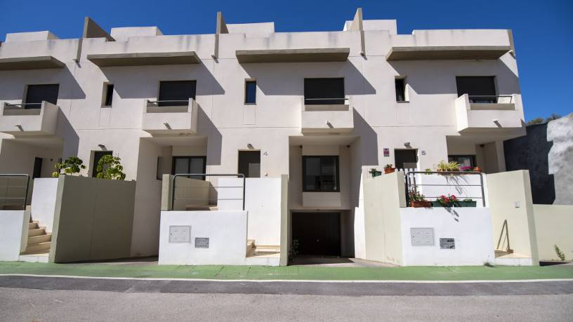 Casa en venta en Casa en Vélez-málaga, Málaga, 200.100 €, 3 baños, 183 m2