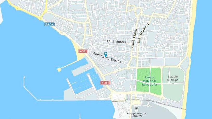 Local en venta en La Línea de la Concepción, Cádiz, Avenida de España, 156.000 €, 163 m2