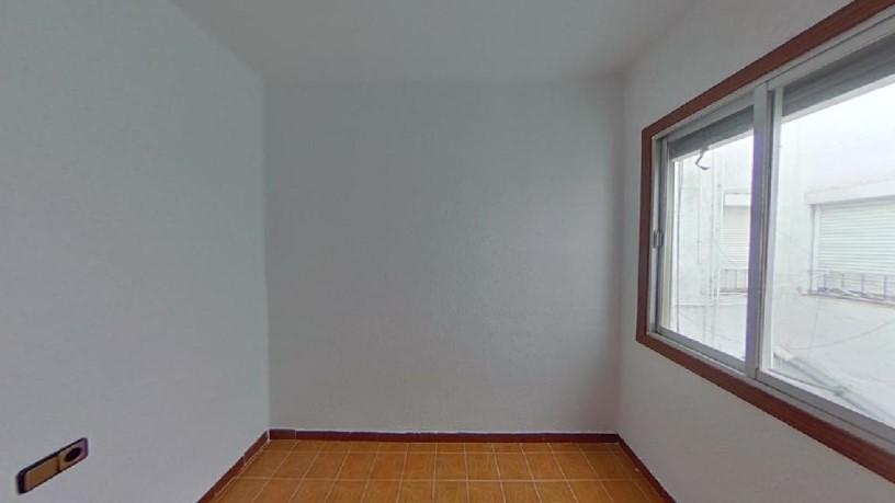 Piso en venta en Ca N`anglada, Terrassa, Barcelona, Calle Virgen del Socorro, 64.060 €, 3 habitaciones, 1 baño, 54 m2