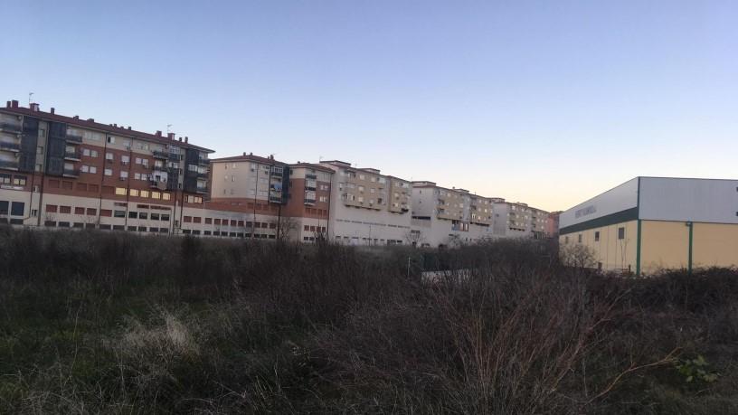 Suelo en venta en La Ribera - San Lázaro, Plasencia, Cáceres, Carretera Malpartida, 86.000 €, 5 m2