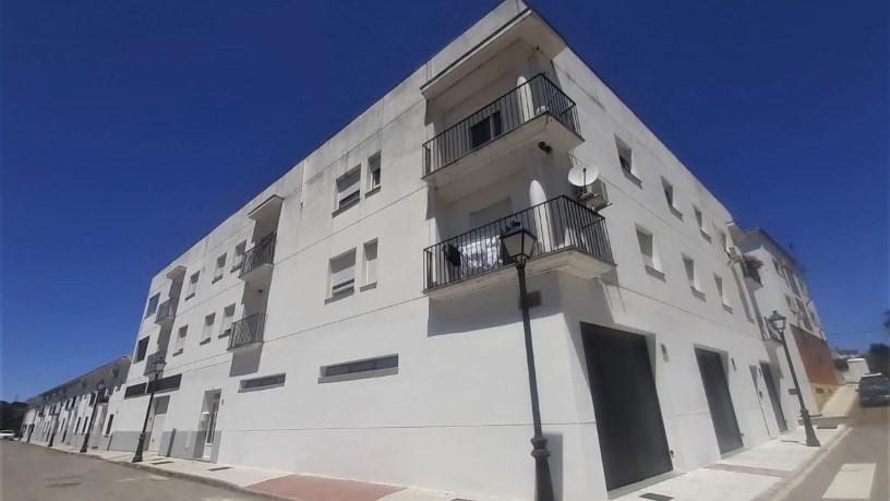 Piso en venta en Barcarrota, Barcarrota, Badajoz, Paseo Cañaveral, 59.000 €, 1 baño, 96 m2