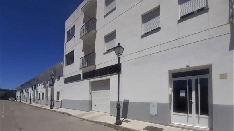Piso en venta en Barcarrota, Barcarrota, Badajoz, Paseo Cañaveral, 69.000 €, 1 baño, 112 m2