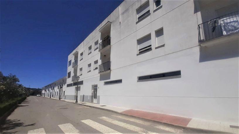 Piso en venta en Barcarrota, Barcarrota, Badajoz, Paseo Cañaveral, 70.000 €, 1 baño, 114 m2