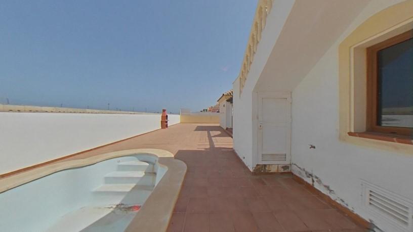 Casa en venta en Casa en la Oliva, Las Palmas, 325.000 €, 3 habitaciones, 2 baños, 113 m2
