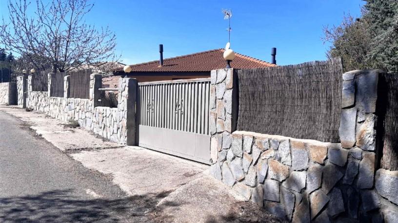 Casa en venta en Nueva Sierra de Altomira, Albalate de Zorita, Guadalajara, Calle Cmno, 53.500 €, 3 habitaciones, 2 baños, 125 m2
