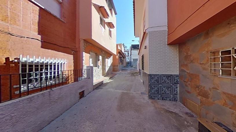 Casa en venta en Algeciras, Cádiz, Calle Andalucía -268b-, 50.400 €, 4 habitaciones, 1 baño, 136 m2
