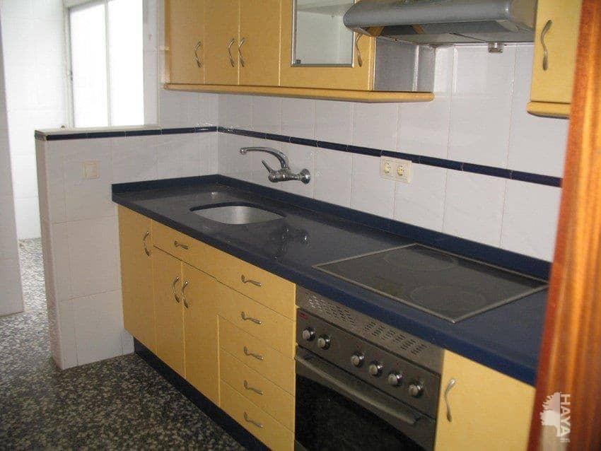 Piso en venta en Piso en Tavernes de la Valldigna, Valencia, 50.500 €, 3 habitaciones, 1 baño, 104 m2