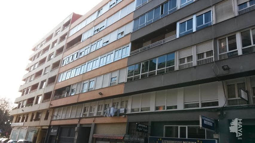 Piso en venta en El Zapatón, Torrelavega, Cantabria, Calle Cid, 75.800 €, 4 habitaciones, 1 baño, 66 m2