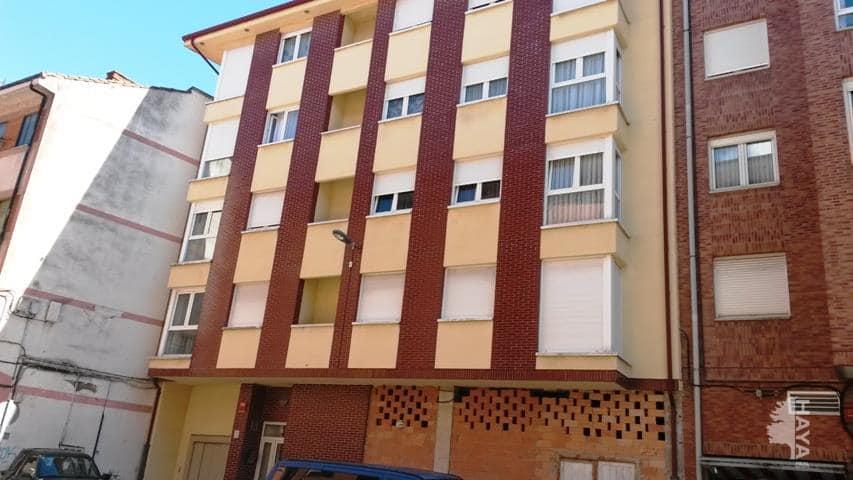 Piso en venta en Urbanización la Anjanas, los Corrales de Buelna, Cantabria, Calle Dos de Mayo, 95.700 €, 3 habitaciones, 2 baños, 101 m2