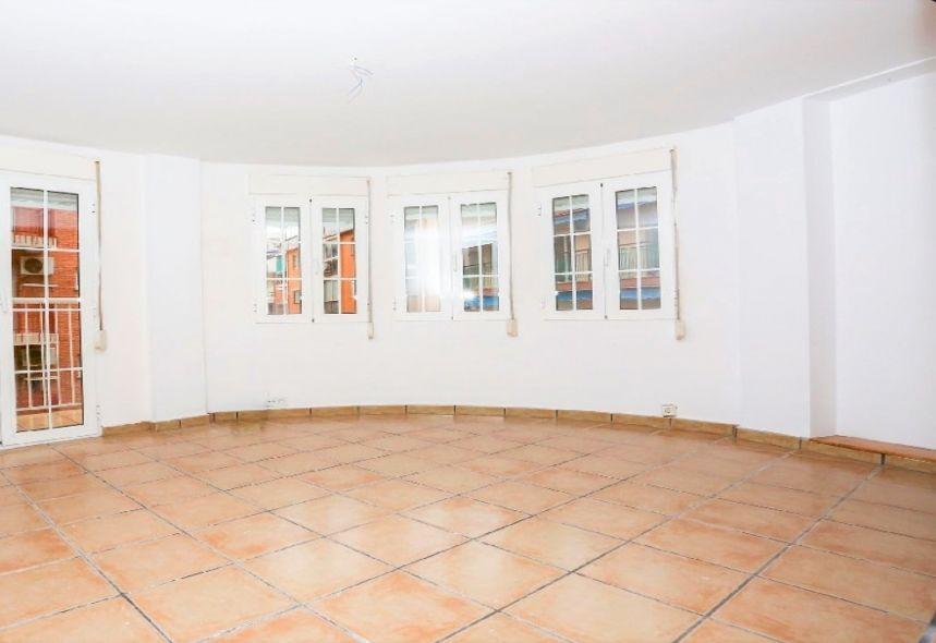 Piso en venta en El Calvari, Benidorm, Alicante, Calle Puig Campana, 122.000 €, 3 habitaciones, 1 baño, 95 m2