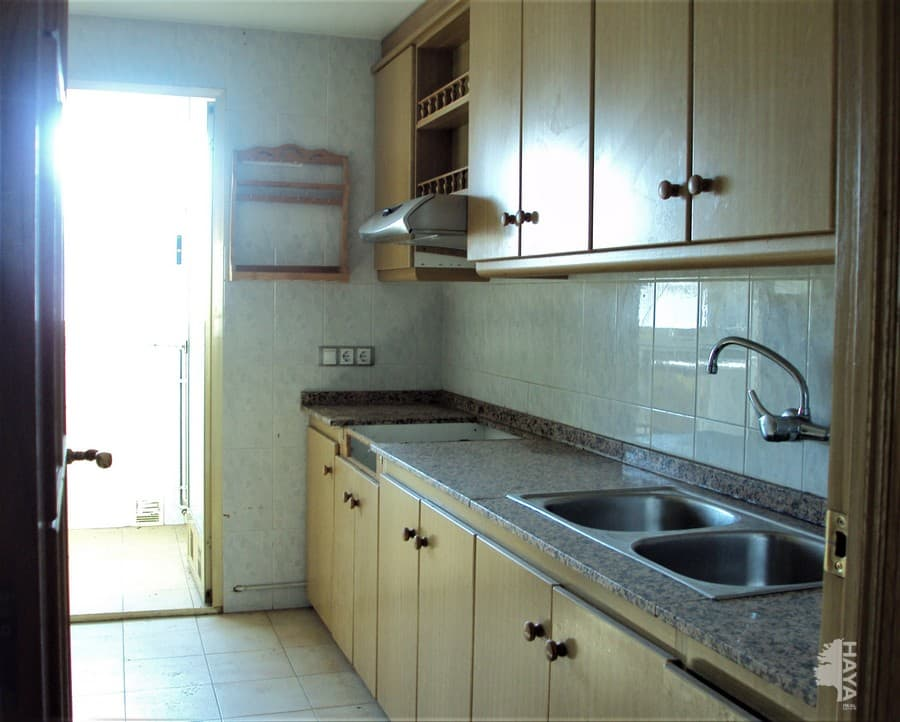 Piso en venta en Peñalba, Segorbe, Castellón, Avenida Constitucion, 84.700 €, 3 habitaciones, 1 baño, 90 m2