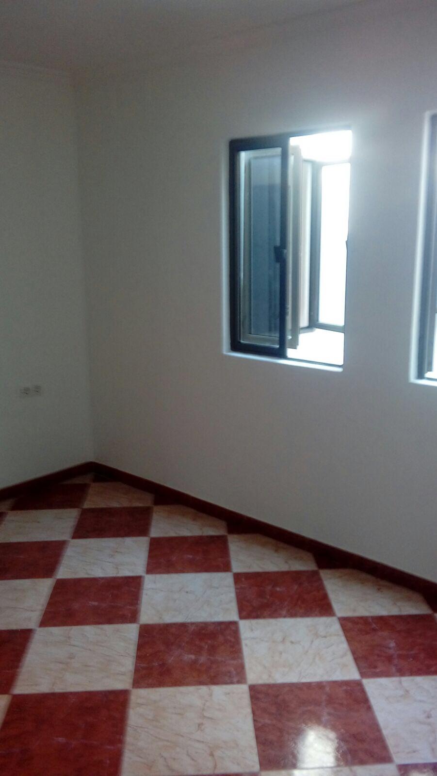 Piso en venta en Piso en Sevilla, Sevilla, 58.000 €, 2 habitaciones, 1 baño, 67 m2