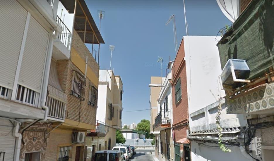 Piso en venta en Casco Antiguo, Sevilla, Sevilla, Calle Fernando de Rojas, Baj, 61.700 €, 3 habitaciones, 2 baños, 73 m2