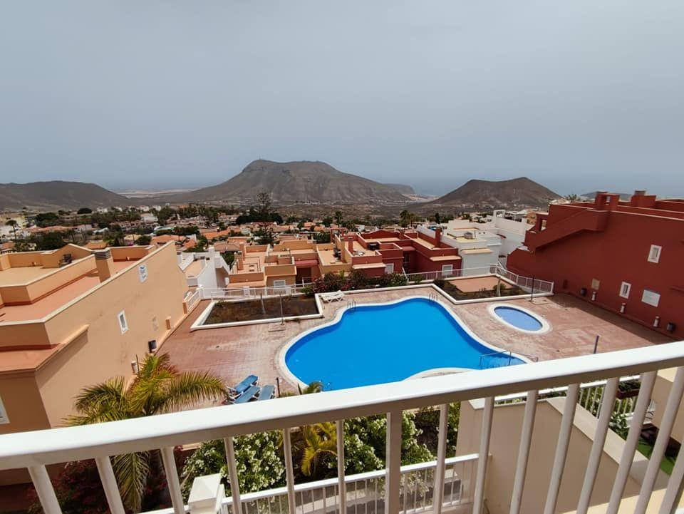 Piso en venta en Piso en Arona, Santa Cruz de Tenerife, 180.000 €, 1 habitación, 1 baño, 50 m2