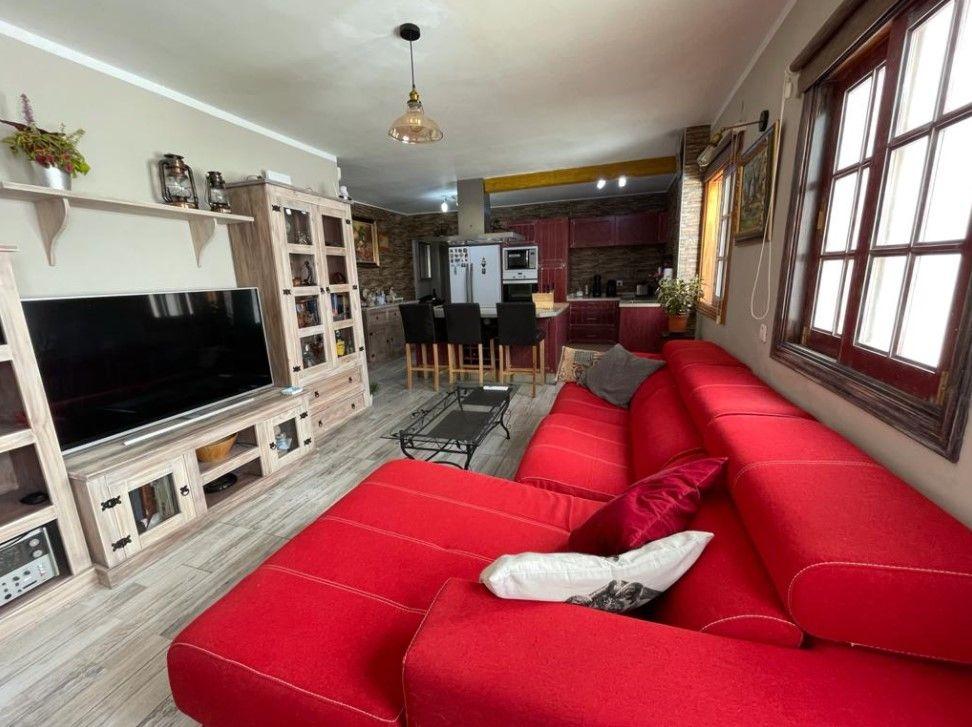 Piso en venta en Piso en Adeje, Santa Cruz de Tenerife, 190.000 €, 2 habitaciones, 2 baños, 92 m2