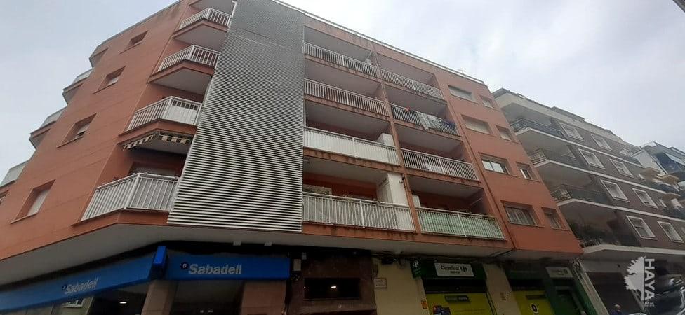 Piso en venta en Vilafranca del Penedès, Barcelona, Calle Gelida, 96.200 €, 4 habitaciones, 1 baño, 103 m2