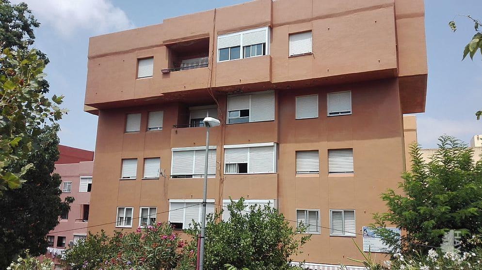 Piso en venta en Algeciras, Cádiz, Calle Luis Cernuda, 60.000 €, 3 habitaciones, 1 baño, 86 m2