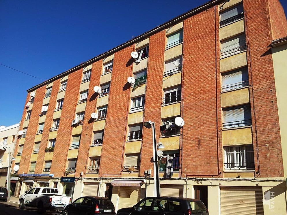Piso en venta en La Colònia, Calaf, Barcelona, Calle Raval S Jaume, 32.000 €, 3 habitaciones, 1 baño, 80 m2