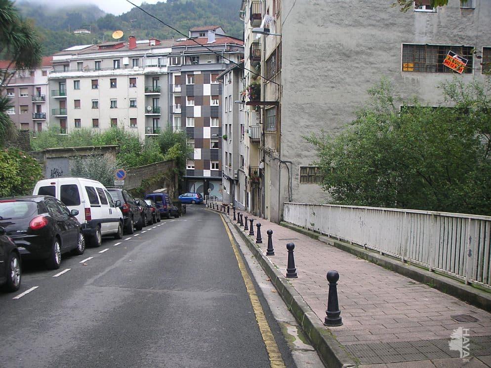 Piso en venta en Urki, Eibar, Guipúzcoa, Calle Errekatxu, 98.000 €, 3 habitaciones, 1 baño, 65 m2