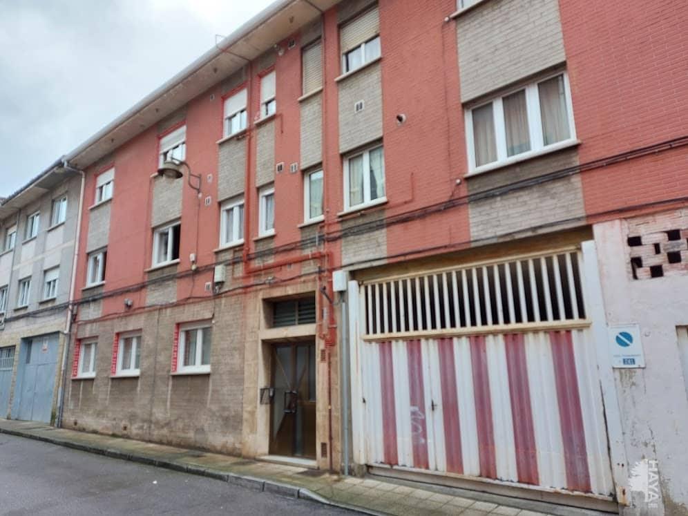 Piso en venta en Llaranes, Avilés, Asturias, Calle Santa Rita, 51.250 €, 3 habitaciones, 1 baño, 86 m2