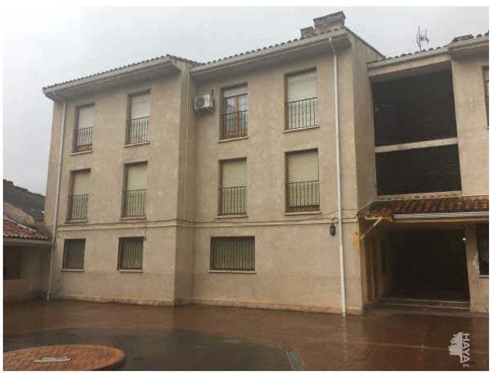 Piso en venta en Brihuega, Brihuega, Guadalajara, Avenida Constitucion, 65.100 €, 3 habitaciones, 1 baño, 87 m2