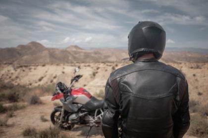 Giacca moto: caratteristiche, modelli e consigli utili