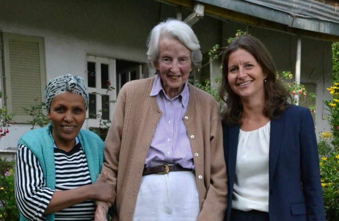 Mamitu, Catherine  and Alex