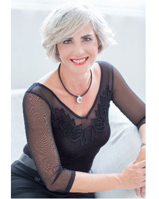 Real Estate Agent - Glenda Bosch