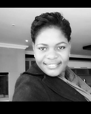 Real Estate Agent - Ndeshi Ndakunda