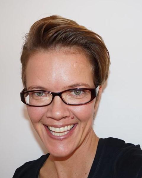 Real Estate Agent - Leandra Grobler