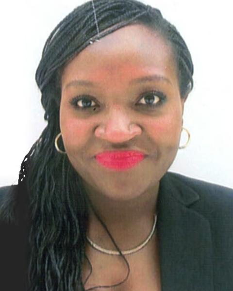 Real Estate Agent - Luciana Kandume