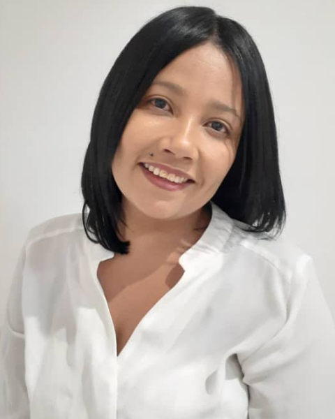 Real Estate Agent - Esmerelda Cloete