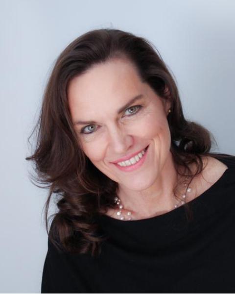 Real Estate Agent - Marita Van Lill