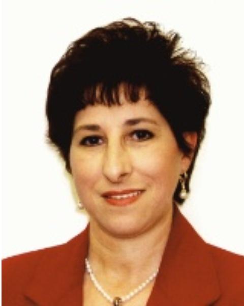 Real Estate Agent - Cecilia Quintal