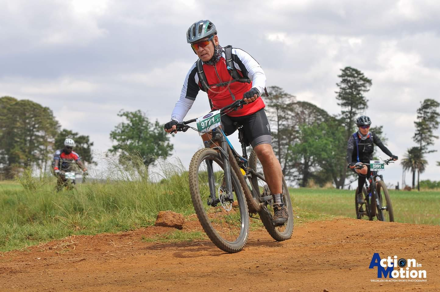 Alzu Tour de Farm MTB race