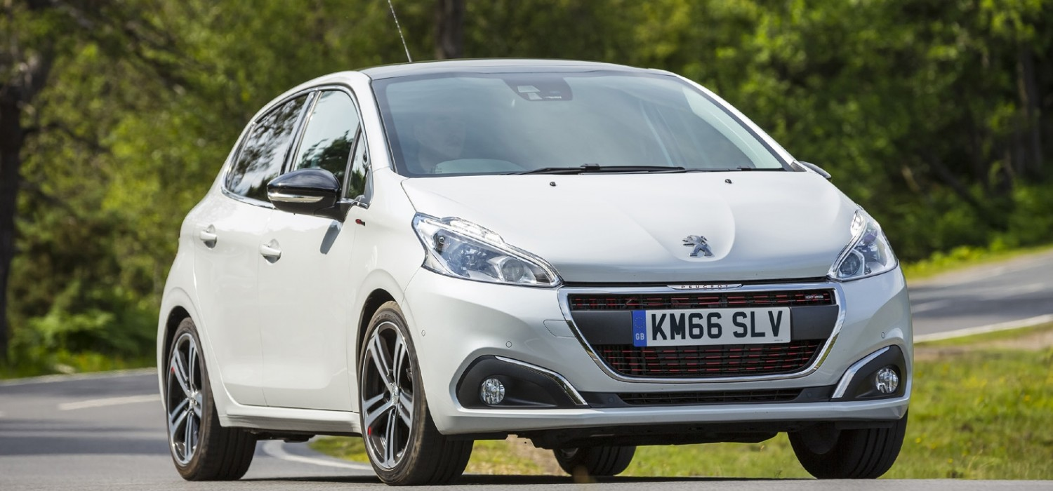 Peugeot 208 - the 100mpg fuel sipper