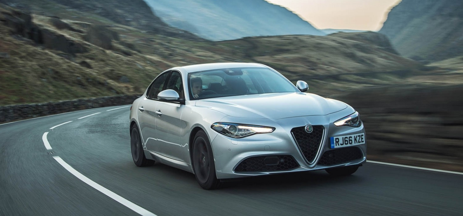 Alfa Romeo Giulia Super 2.0 turbo