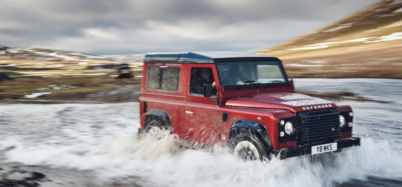 Land Rover to release V8 Defender special