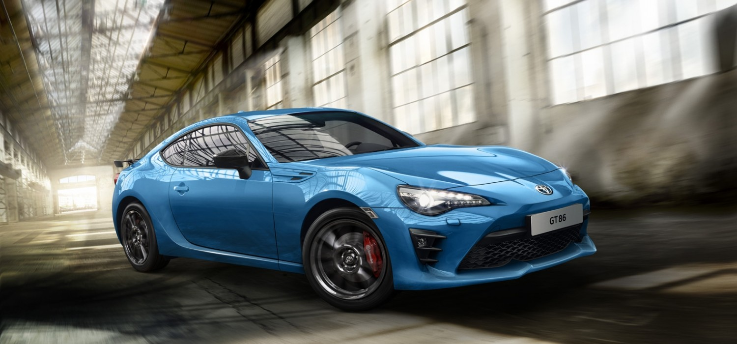 Toyota GT86 in the blue