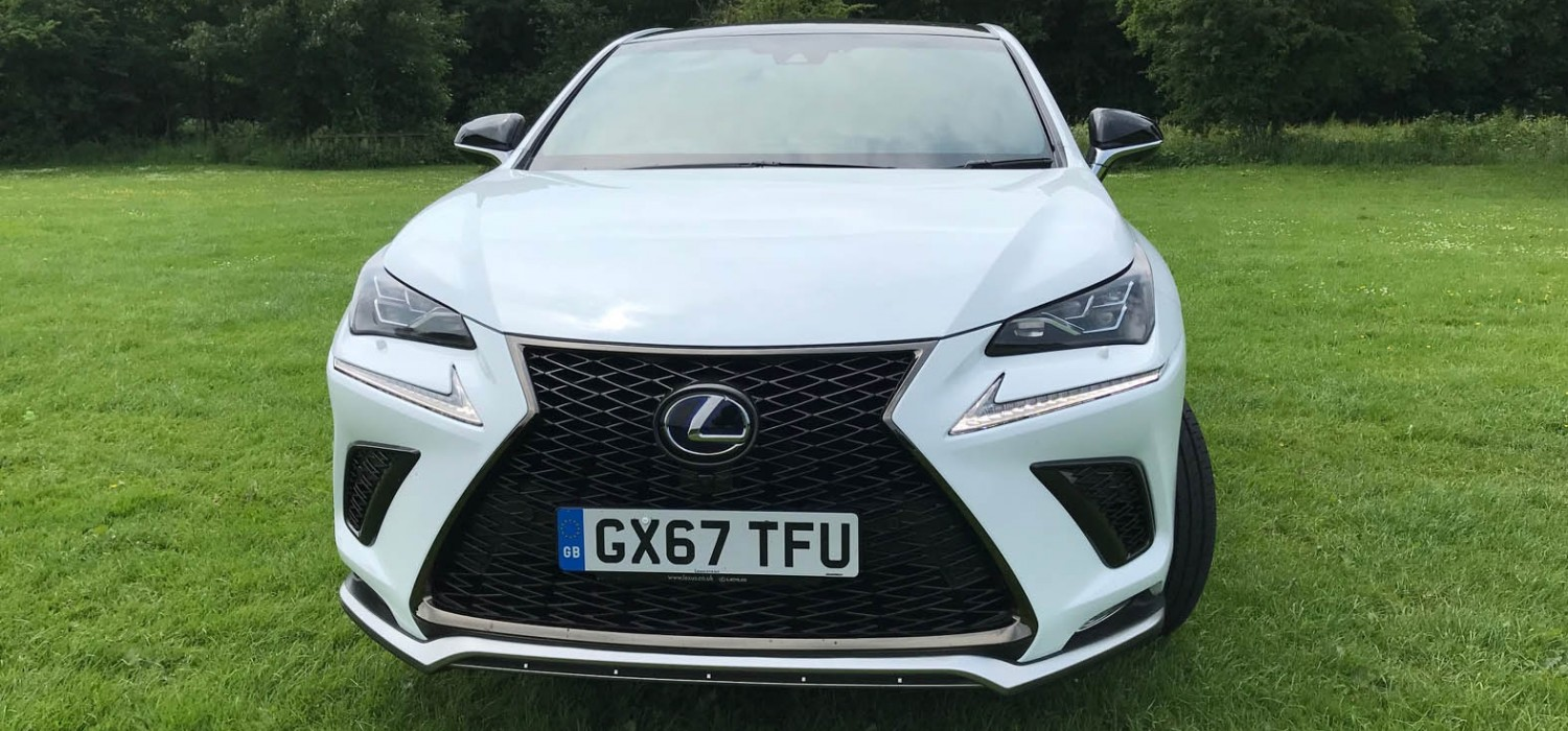 Sumptuous mid-size SUV from Lexus