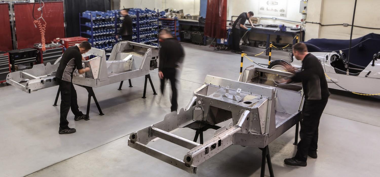Morgan ends V8 production