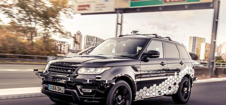 Self drive Range Rover goes it alone