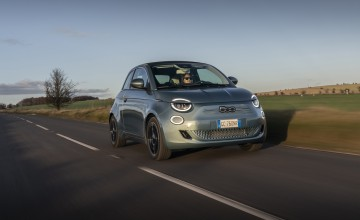 Electrifying new Fiat 500