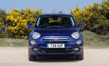 Fiat crossover takes rough with smooth