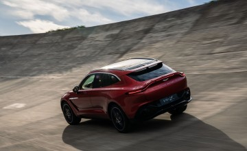 Global reveal for Aston Martin DBX