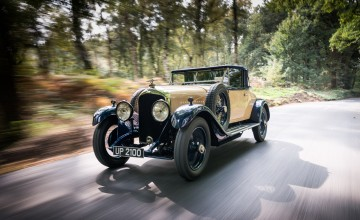 Barn find Bentley restored to glory