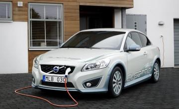 Volvo hybrids on the way