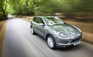 Porsche soars high with new Cayenne