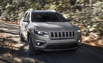 New Jeep Cherokee breaks cover